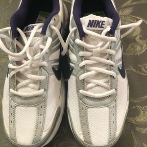 Nike shoes, navy and white. NWT!